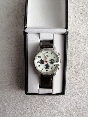 Zegarek męski w bardzo ładnym stanie