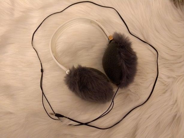 Nowe słuchawki nauszniki szare z futerkiem w typie UGG