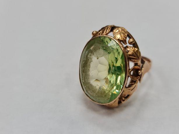 Wyjątkowy złoty pierścionek damski/ 585/ 11.67 gram/ R20/ Zielone