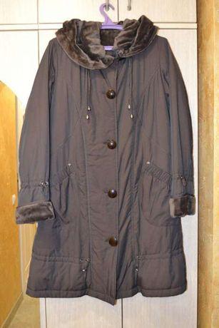 Жіноче демісезонне пальто PLIST