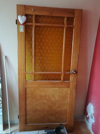 Drzwi drewniane, używane, stan dobry