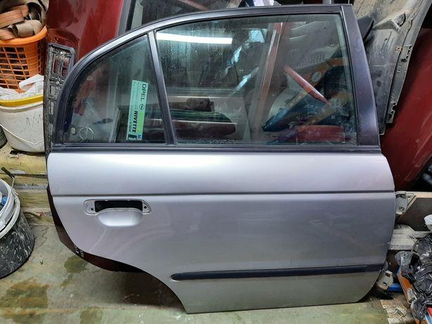 Honda Accord VI drzwi prawe tylne NH623M