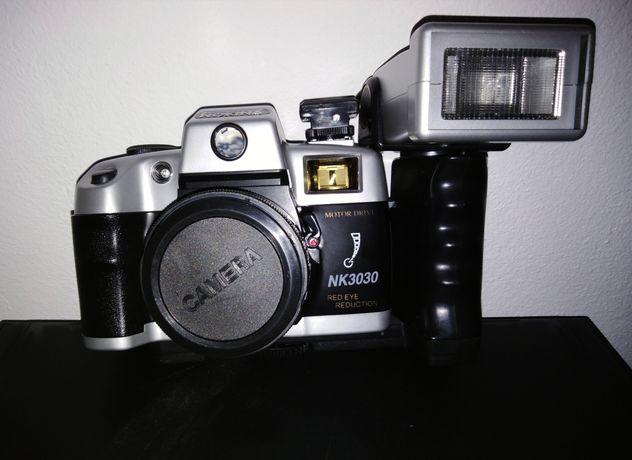 Antiga Máquina fotográfica Nokina NK3030 de rolo