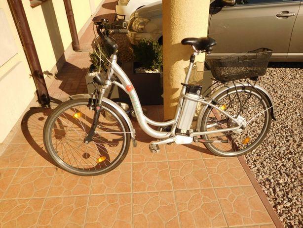 rower elektryczny niemiecki INTERBIKE ASVIVA INTB- 402