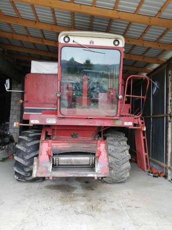 Case 1460 z przystawką do kukurydzy