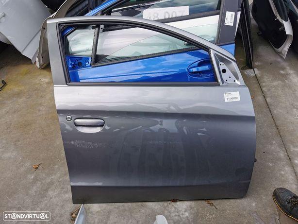 Porta Frente Direita Mitsubishi Space Star do ano 2012
