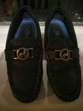 туфлі на хлопчика на 32-33 розмір. 19см устілочка!