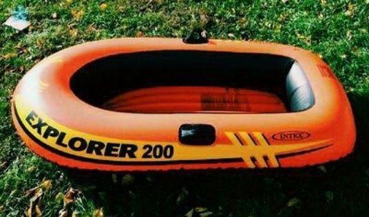 Продаётся детская лодка 160 х 94 х 29 см, одноместная наложенный