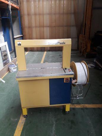 Maszyna pakująca StraPack RQ-8S