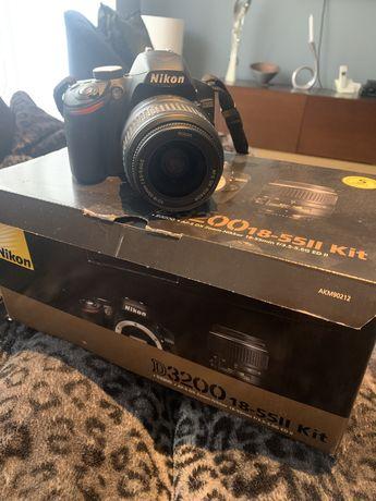 Maquina fotografica Nikon D3200
