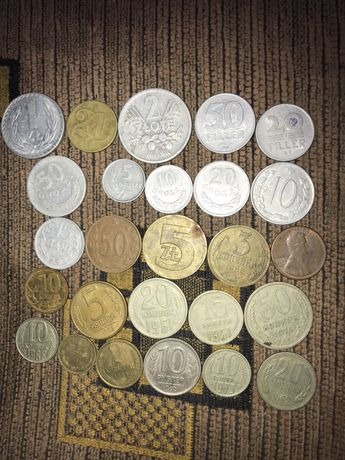 разные монеты разных стран и годов