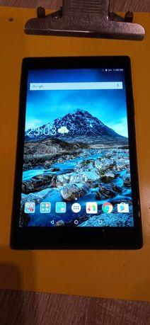 Tablet LENOWO TB-8504X.Mało Używany,Bateria dobrze Trzyma.