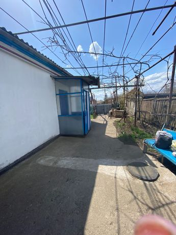 Продам дома в г. Орджоникидзе ( Покров) ул. Кутузова 14