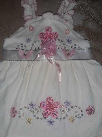 Платье нарядное на праздник  на го одик. Велюровое 74- 80 см