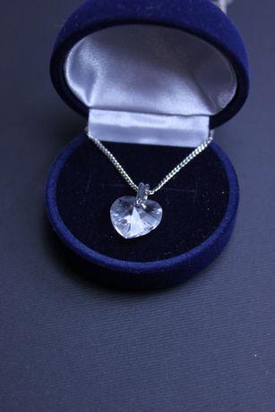 Продам кулон камень сердце