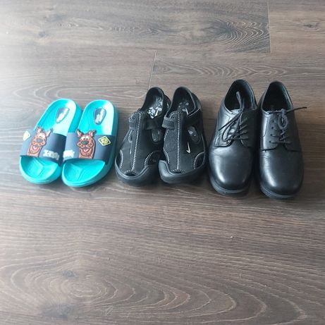 Klapki , Sandały Nike , Pantofle Czarne