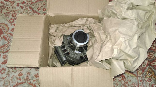 Продам генератор в ідеальному cтані на Audi A4 B6 B7 (06B 903 016 AE)