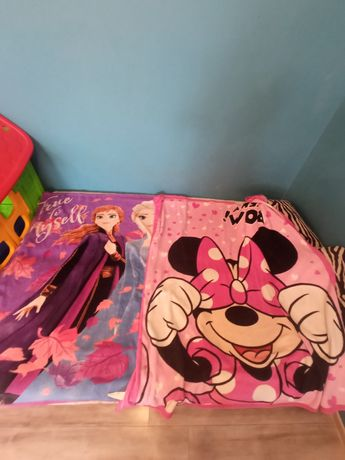 Kocyk ,poduszki,myszka Miki , bliźniaczek