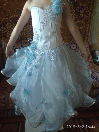 Продам платье для принцессы