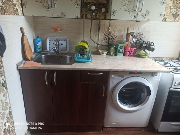 Продам кухню (кухонные шкафы)
