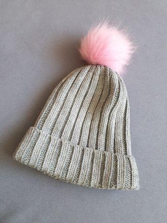 Idealna czapka zimowa z pomponem 5.10.15 rozm 52/54 szara ciepła