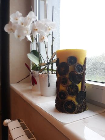 Ozdobna duża świeca