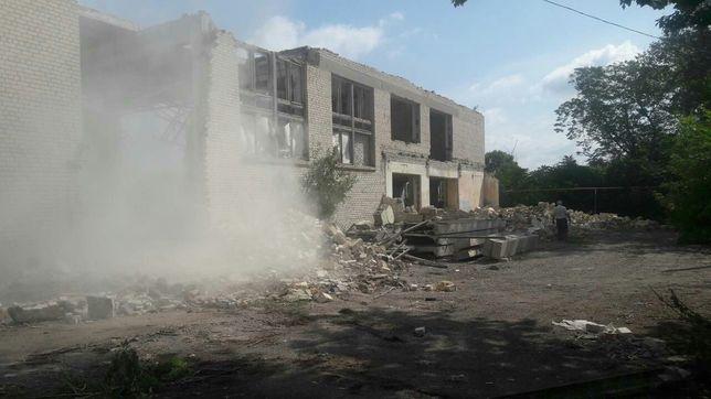 Демонтаж зданий под разборку