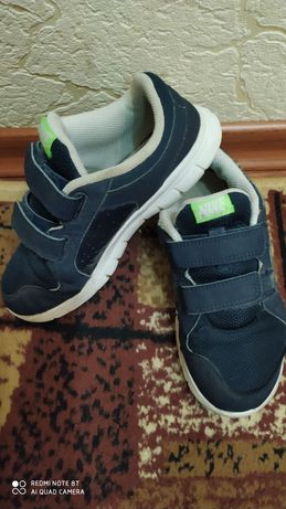 Кросы кроссовки Nike 30 р