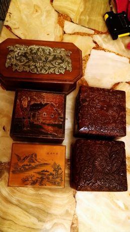 Stare szkatułki drewniane szkatułka rzeźbiona