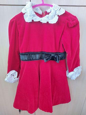 Платье 2-4г новое дёшево