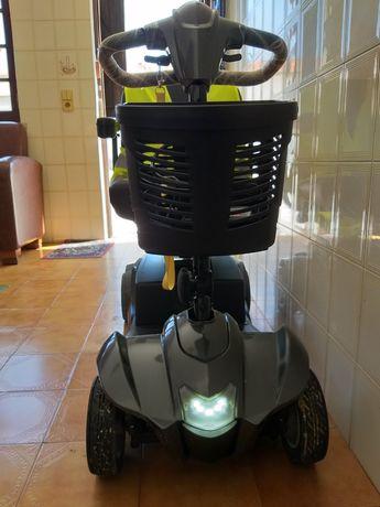 Scooter Mobilidade Reduzida