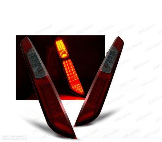 FARÓIS TRASEIROS LED FORD FOCUS MK2 04-08 RED SMOKED (VERMELHO FUMADO / ESCURECIDO)