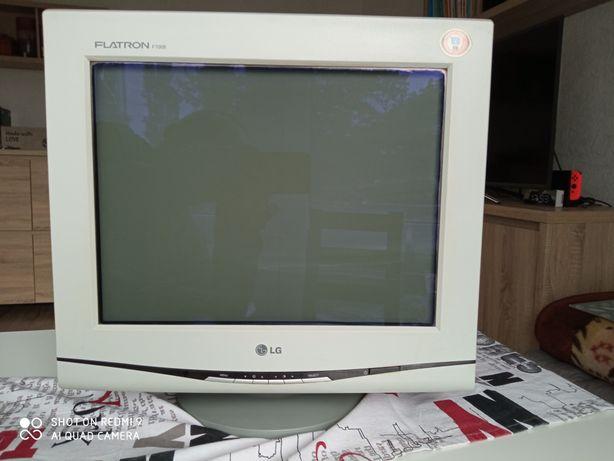 Monitor CRT LG flatron F700b