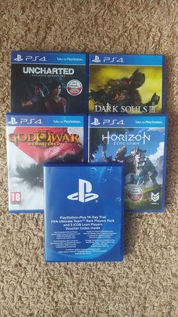 Gry PS4 - zestaw 4 szt. + gratis