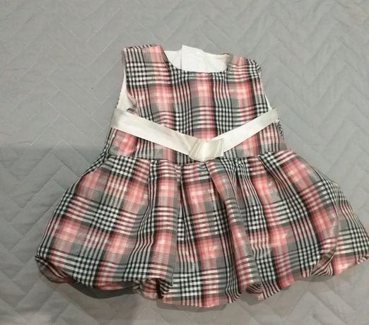 Sukienka  dla  dziewczynki  62 cm