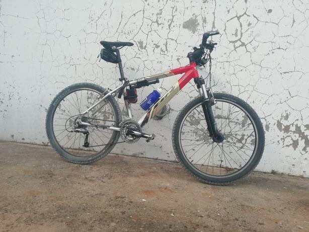 Bicicleta Btt roda 26 BH