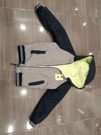 Sprzedam kurtkę chłopięcą rozmiar 116/128
