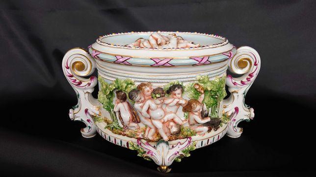 Piękna duża szkatuła bombonierka Capodimonte porcelana
