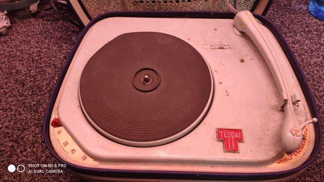 Gira-discos Teppaz Pirouett