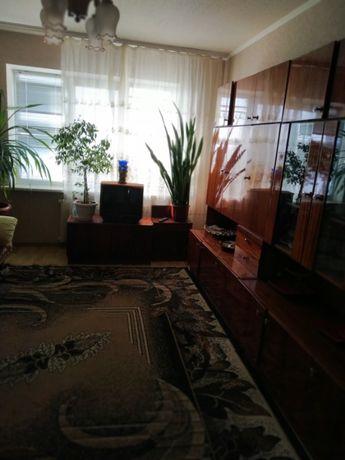 Продам 3х комнатную чешку Тополь-3