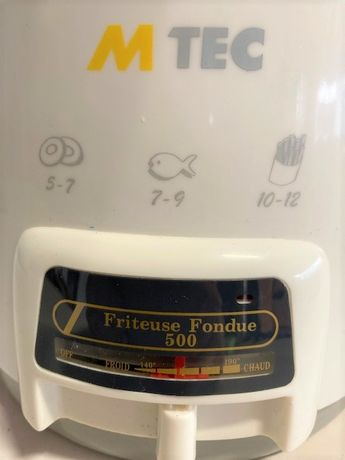 Mini fritadeira e fondue.