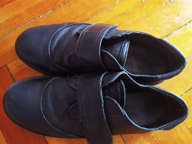 Кожаные туфли ZARA 38 размер