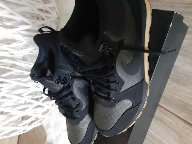 Buty Nike r.42 cena 140