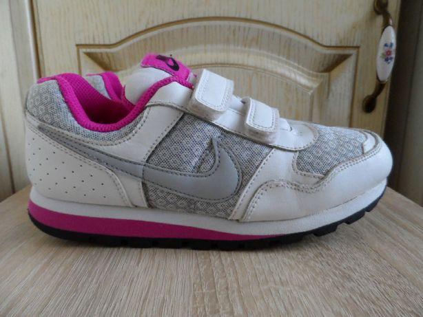 Кожаные кроссовки Nike md runner psv, оригинал, 34р.