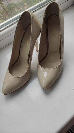 Туфли лодочки кожаные, 37 размер