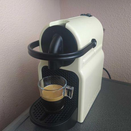 Máquina café Nespresso Delongui