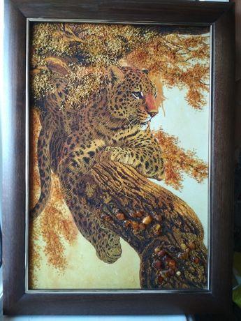 Картина из янтаря Леопард 40*60