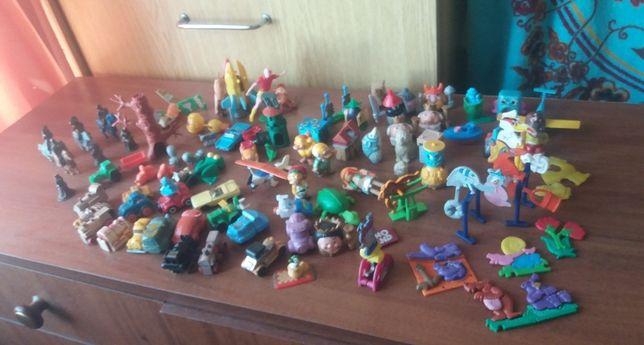 """Детские игрушки """"Киндер сюрприз""""."""