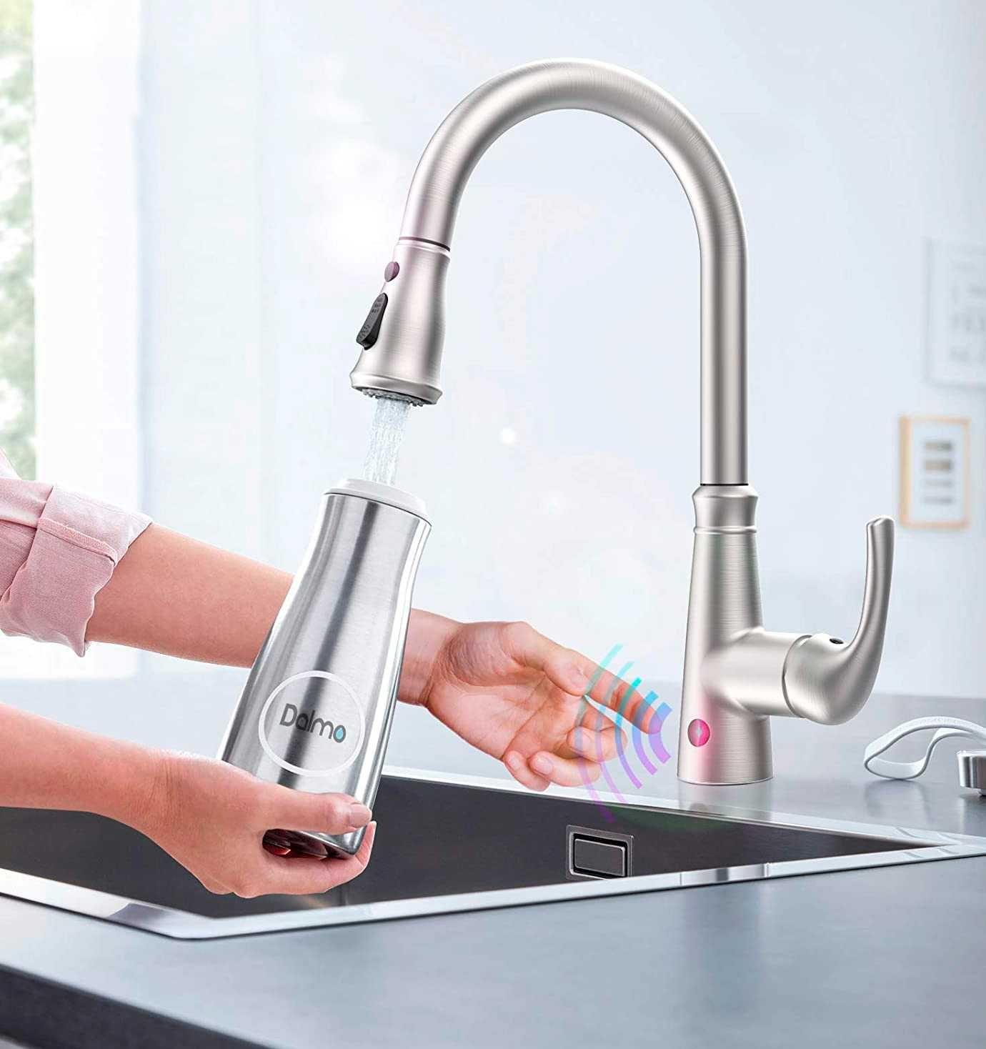 Сенсорный смеситель кухонный с датчиком Dalmo DAKF5F для кухни