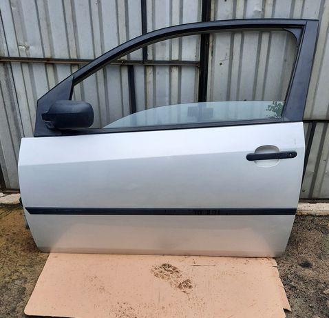 Ford Fiesta Mk6 drzwi lewe przod przednie 62